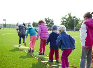 Our children need our help to exercise – see how you can help in the best ways possible with these easy tips to get them started! Exercise for Kids | Parenting Tips | How to Keep Kids Healthy | Stop Kids from Being Overweight | Weight Loss Tips for Teens | Weight Loss Tips for Kids