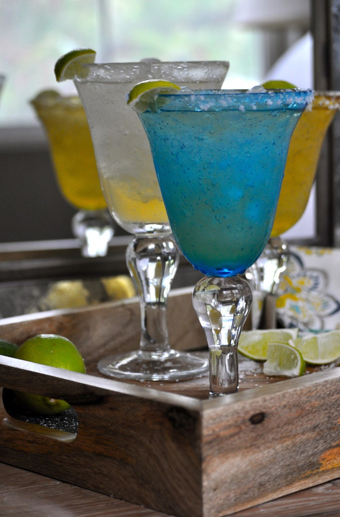 This nearly NorCal Margarita Recipe maintains the intent of a traditional NorCal margarita, is easy to make, and keeps calories low while never compromising taste.