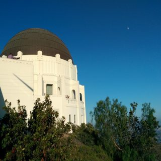 Looking for things to do in Los Angeles? We have 20 of them for you and your family that you will surely enjoy! Things to do in LA | Things to do in SoCal | Things to do in California | Malibu Surfing | Surfing Tips | Travel Tips | Los Angeles Travel | Traveling with Kids | Aquarium of the Pacific | Griffith Observatory | La Brea Tar Pits | El Capitan Theatre | Olvera Street