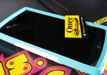 Otterbox Commuter Case Screen Protector
