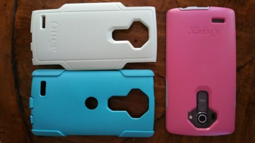 (Otterbox Symmetry vs Commuter pieced together) It's hard to decide which case to buy when considering the Otterbox Symmetry vs Commuter Cases. Our comparison review will help!