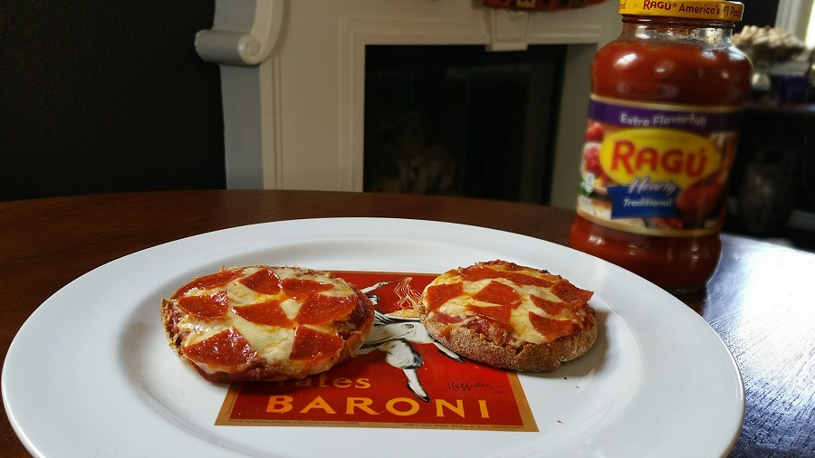 Easy Meals for the Family Mini Pizzas