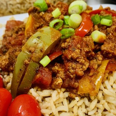 Slow Cooker Beef and Brown Rice Recipe Close Up of Beef and Rice on a Plate