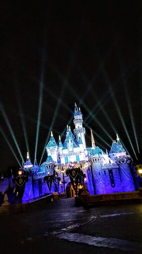 Disneyland Resort 2016 Holidays - Sleeping Beauty's Castle