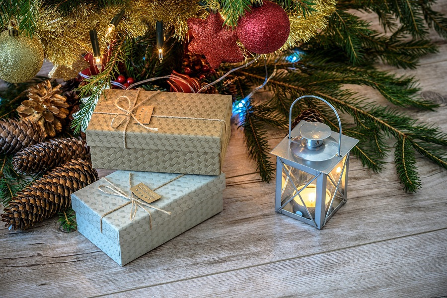 Tech Gifts For Men Gifts Under a Tree