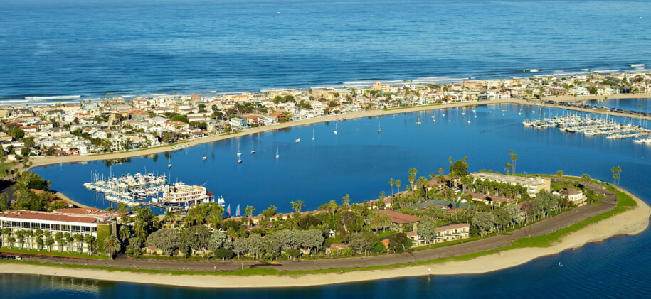 Mission Bay is a beautiful area to travel to in southern California by boat! Stay overnight on the water at these amazing spots where you can rent a slip.