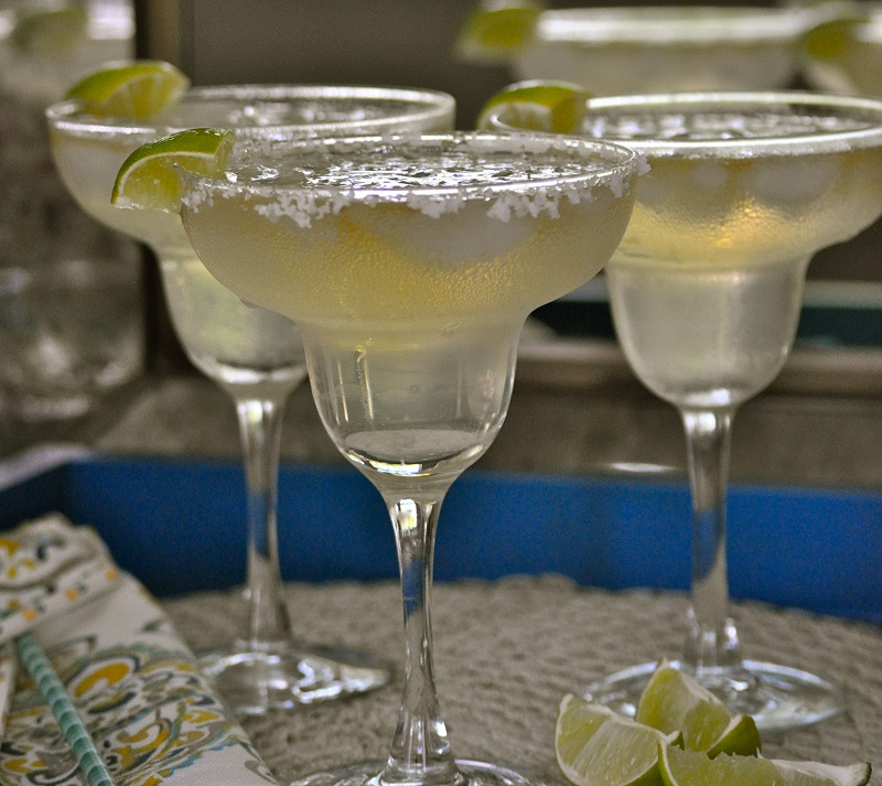 Easy Margarita Recipe with agave