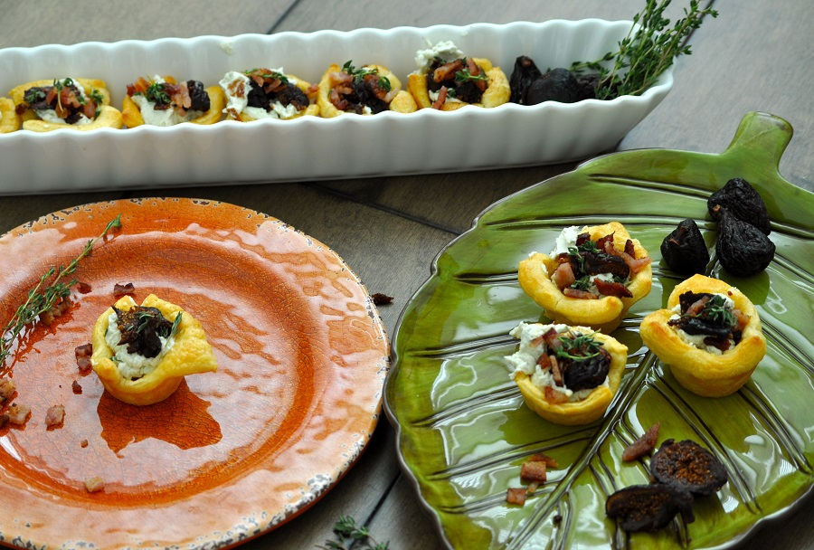 These bacon fig and jalapeno goat cheese pastry cups are the perfect appetizer for entertaining!