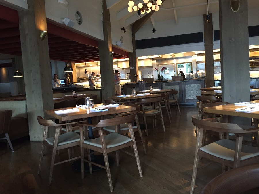 Best Restaurants in Fort Lauderdale Coconuts Waterfront Restaurant - Fort Lauderdale is a foodie's paradise and you must visit these top three best restaurants in Fort Lauderdale next time you visit the area.