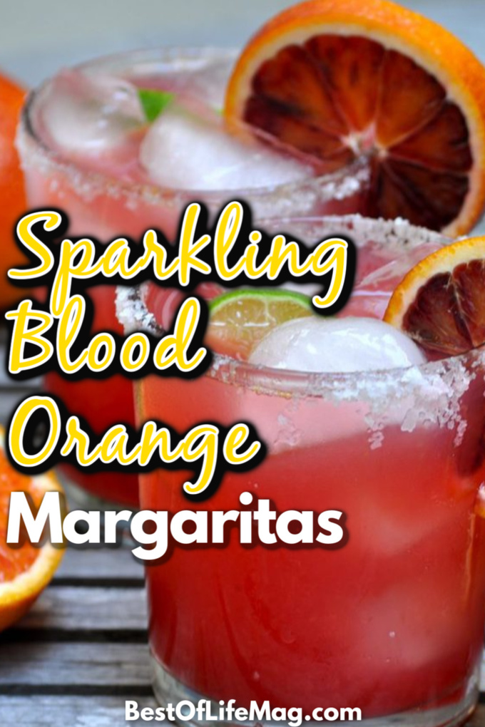 With freshly squeezed blood oranges and limes, this sparkling blood orange margarita adds a refreshing twist to a classic cocktail. Happy Hour Recipes | Cocktail Recipes | Margarita Recipes | Halloween Cocktail Recipes | Fall Cocktail Recipes #margarita #recipe