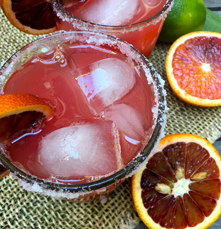 With freshly squeezed blood oranges and limes, this sparkling blood orange margarita adds a refreshing twist to a classic cocktail.
