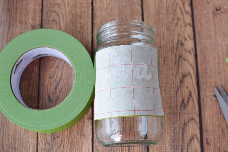 Add some sparkle to any room with this fun DIY Glitter Mason Jar! It can hold pencils, tealight candles, or just about anything you want! DIY Mason Jar Crafts | DIY Craft Ideas | DIY Glitter Ideas | Crafts for Kids