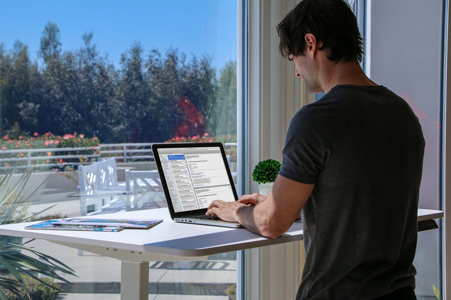 Feel the health benefits of a sit to stand desk by standing at the Autonomous SmartDesk 2 instead of sitting at your desk for hours each day.
