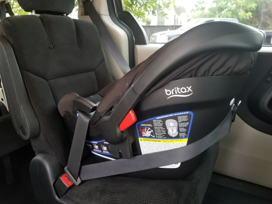 Keeping your newborn baby safe is important to every parent and the Britax Endeavours car seat has the latest safety features to help. Parenting Gear | Newborn Tips | Parenting Tips | Infant Safety | Britax Car Seats | Best Car Seat | New Car Seat | Car Seat Review | Child Safety