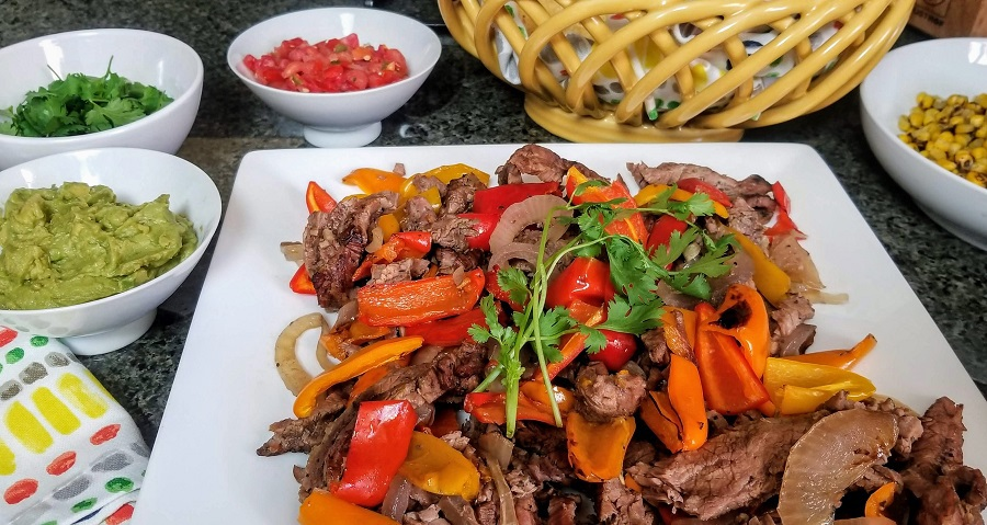 This easy crockpot steak fajitas recipe is perfect to make on those busy days when time is short. Plus, it is healthy making it an easy choice for your fit lifestyle. Crock Pot Recipes   Slow Cooker Recipes   Healthy Recipes   Healthy Crockpot Recipes   Low Carb Recipes #Fajitas #MexicanRecipes #recipes