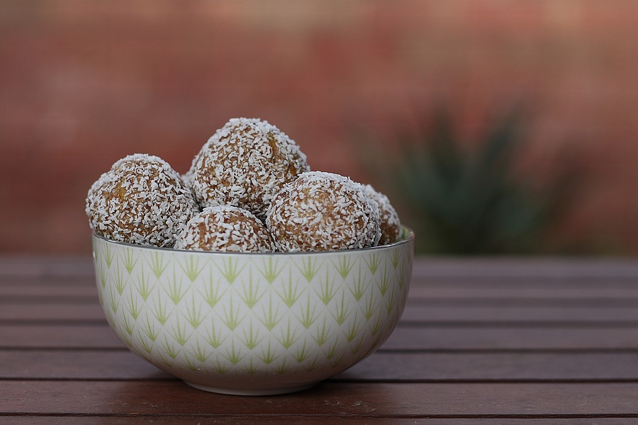 Use dairy free keto fat bombs to not only fight away any cravings you may have but to also remain healthy and successful on your weight loss journey. Dairy Free Keto Recipes | Keto Ideas | Dairy Free Fat Loss Recipes | Easy Keto Fat Bombs #keto #fatbomb #dairyfree #recipes