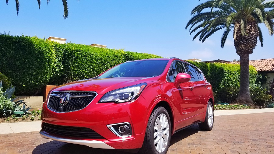 The Buick Envision provides drivers with a nicely appointed mid-size SUV with upscale features to enhance the driving experience while keeping the entry price comfortable for a family of five. Car Reviews | Cars for Families | Buick Envision vs Enclave #Buick #ThatsaBuick