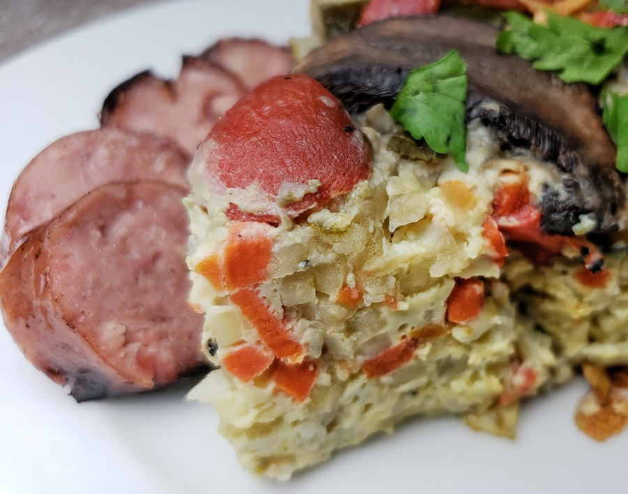 Adding vegetables to your breakfast is an easy way to start your day off in a healthy way. This delicious 2B Mindset crockpot overnight breakfast casserole helps you do just that. Healthy Breakfast Casserole Recipe | What is Breakfast Casserole | 2B Mindset Recipes | Crockpot Weight Loss Recipes