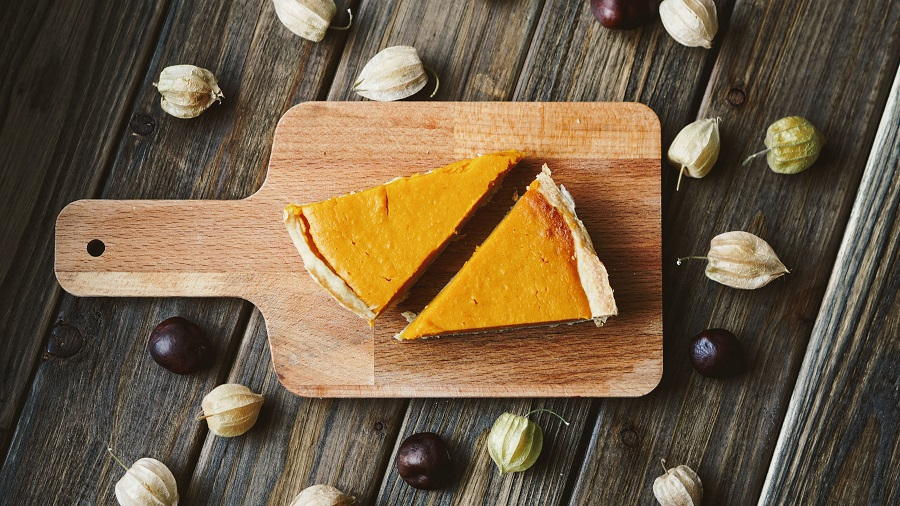 Dairy free pumpkin pie recipes are easy to make and they taste just as good, if not better, than the traditional pumpkin pie we already love. Dairy Free Recipes | Dairy Free Ideas | Dairy Free Pie Recipes | Pumpkin Pie Recipes