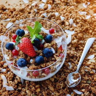 Keto granola recipe ideas are perfect to carry with you for a quick snack or to make on busy days to help when you don't have a lot of time for keto meal prep. Keto Recipes | Keto Snack Recipes | Low Carb Snack Recipes | Low Carb Recipes | Granola Recipes | Healthy Granola Recipes