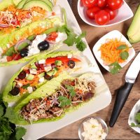 These low carb healthy breakfast wraps are perfect for morning or really anytime you need a quick and easy healthy meal. Healthy Recipes | Healthy Breakfast Recipes | Healthy Wraps | How to Make Wraps | Are Wraps Healthy | Low Carb Recipes | Keto Recipes