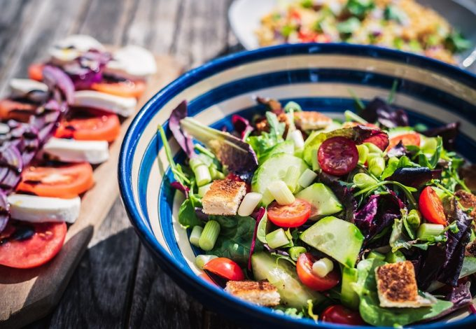 Take advantage of the best healthy salad recipes for intermittent fasting that will help keep you healthy, losing weight, and feeling great. What is Intermittent Fasting | What to Eat While Intermittent Fasting | Intermittent Fasting Recipes | How to Lose Weight with Intermittent Fasting | Does Intermittent Fasting Work | Is Intermittent Fasting Healthy
