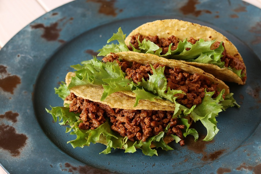 Take your Tuesday night to the next level with the best crockpot taco Tuesday recipes that are filled with flavor and sure to enhance your weekly fiesta. Taco Tuesday Side Dishes | Taco Tuesday Party Ideas | Yummy Taco Recipes | Healthy Taco Tuesday Recipes