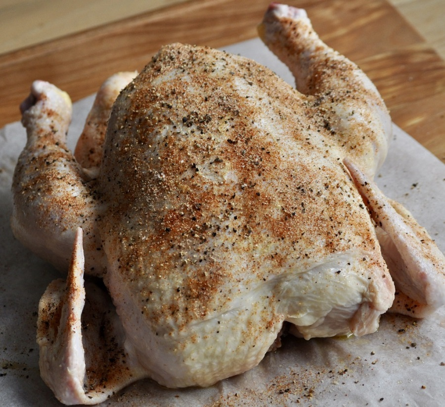 Beer can chicken is a classic recipe that never loses the wow factor. Whether cooking on a gas grill or charcoal, this easy recipe results in moist and delicious chicken. Beer Can Chicken Rub | Beer Can Chicken on Gas Grill | Original Beer Can Chicken Recipe | Beer Can Chicken Marinade | What is Beer Can Chicken | Does Beer Can Chicken Taste Good
