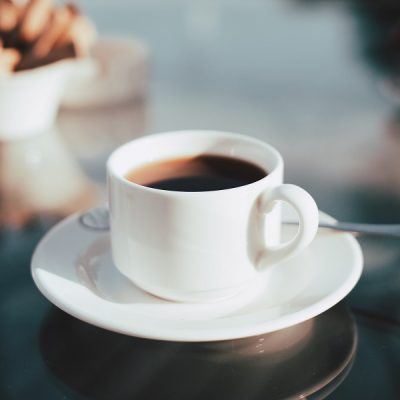 Drinking coffee is a common strategy to make intermittent fasting easier and to extend fasting periods. These intermittent fasting coffee recipes, when combined with drinking tea and water, will help you achieve the intermittent fasting results you want. Does Coffee Break Intermittent Fasting | Intermittent Fasting Coffee with Coconut Oil | Bulletproof Coffee Recipe | Intermittent Fasting Coffee with Almond Milk | Can I Have Cream in My Coffee while Intermittent Fasting | Intermittent Fasting Coffee with Cream