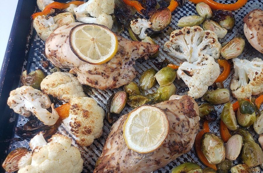 Meal prep is simple with the easy preparation of this low carb chicken and veggies sheet pan dinner recipe for a healthy dinner. Sheet Pan Boneless Chicken Breast | Healthy Sheet Pan Chicken Recipes | Low Carb Chicken Breast Recipes Boneless | Low Carb Chicken Recipes Keto | Low Carb Chicken Cutlet Recipes | Low Carb Baked Chicken Breast Recipes