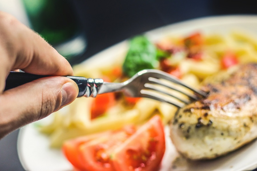 The best intermittent fasting lunch ideas with chicken follow low carb recipe ideas and are perfect for breaking your fasting window. Intermittent Fasting Chicken Recipes | Intermittent Fasting Lunch Recipes | How to Intermittent Fast | Intermittent Fasting Meal Ideas | Meal Plan for Weight Loss | How to Lose Weight Fast