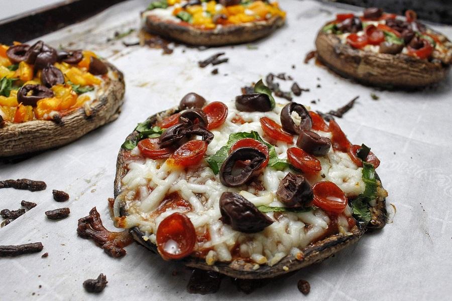 2B Mindset Portobello Pizza Recipe 4 Pizzas on a Baking Sheet