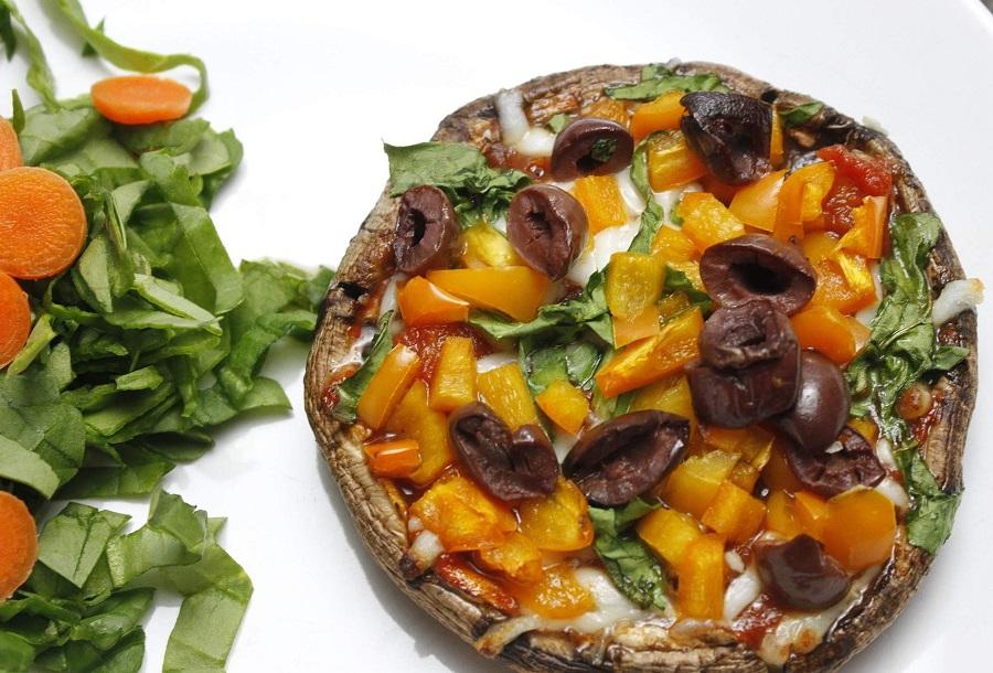2B Mindset Portobello Pizza Recipe Close Up of Pepper Pizzas