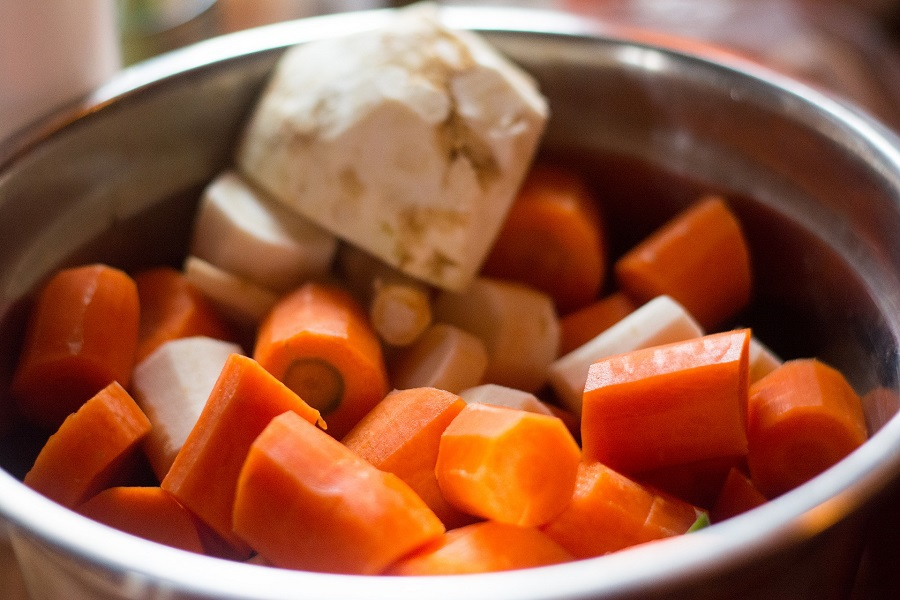 Healthier Chicken and Dumpling Crockpot Recipes Carrots and Veggies Cooking