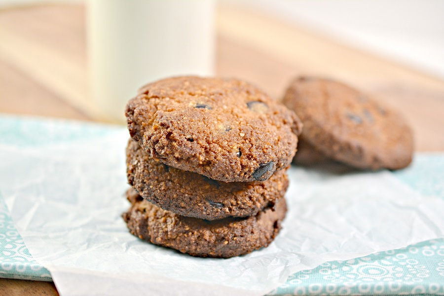 Keto Diet Tips for Beginners Three Cookies Stacked On Top of Each Other with a Glass of Milk